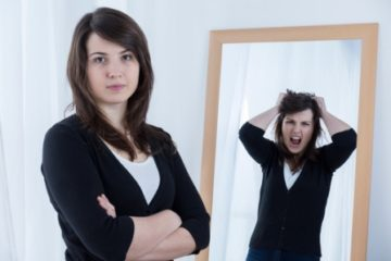 Depersonalization - not recognizing oneself in the mirror